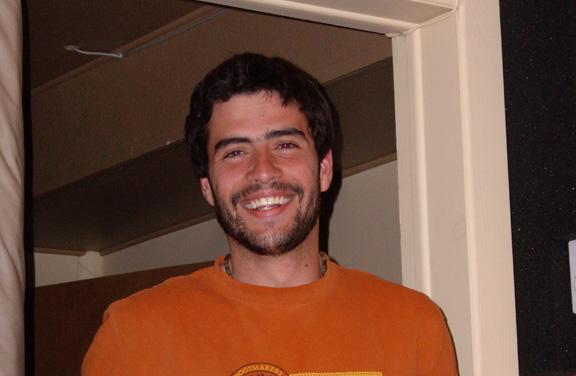 Gabriel - Ah mon Gabriel, ce que t'as l'air heureux . Mais quel est ton secret