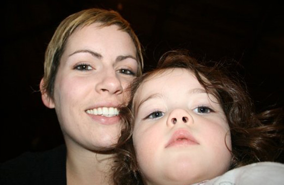 Joelle et Mayla - Quoi de mieux qu'une princesse merveilleuse  Deux princesses merveilleuses