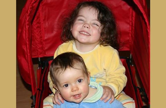Mayla et Alex - Princesse Mayla et princesse Alex . Toute une armee de future combattante pour le Ro